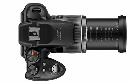 FinePix Hs10 con zoom óptico de 30x