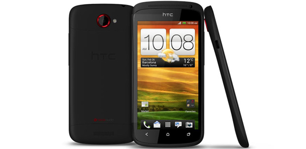HTC One S con pantalla Super AMOLED