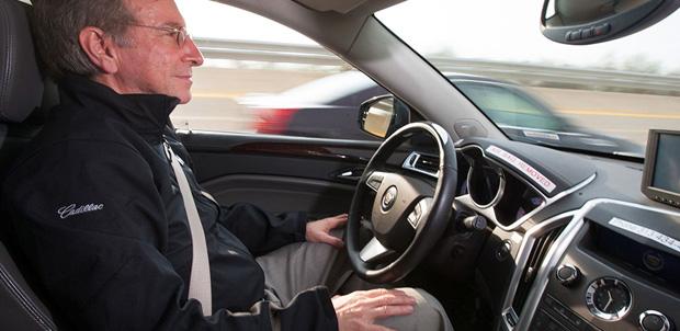 Autos que se manejan solos en 2015