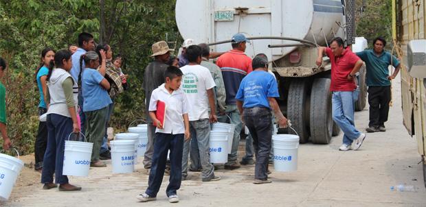 Samsung México lleva agua a comunidades