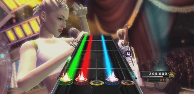 Gwen Stefani demanda a Activision