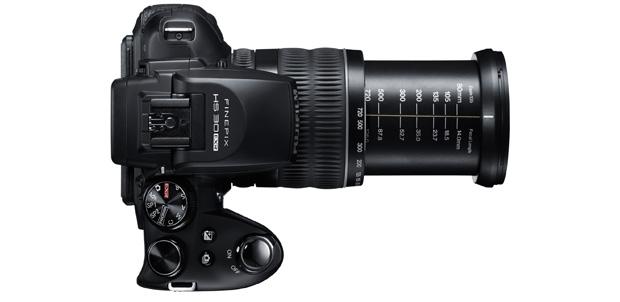 Fujifilm-FinePix_HS30EXR