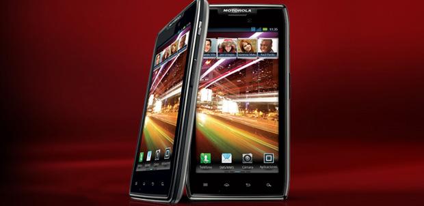 Motorola-RAZR-MAXX-ics