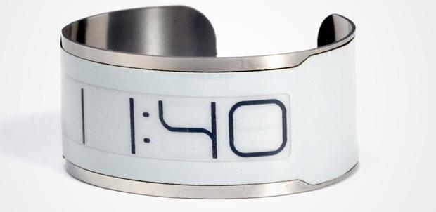 CST-01, el reloj más pequeño del mundo