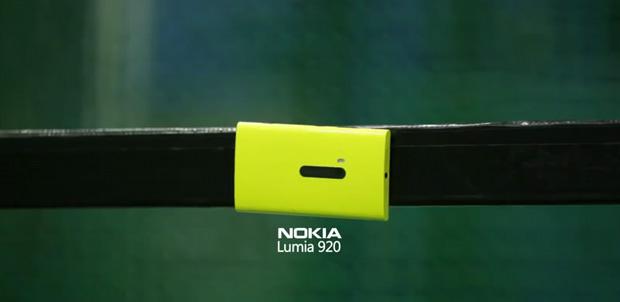 Lumia-920-hard-ball