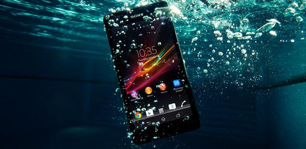 Sony Xperia ZR otro resistente al agua