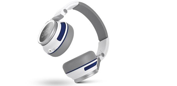 Los audífonos JBL Synchros S400BT en CES