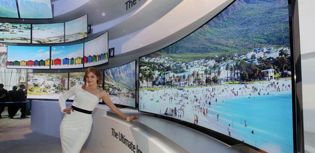 Smart TV Ultra HD curvo de Samsung en CES