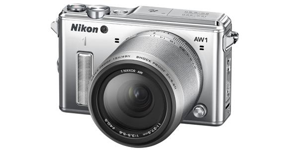 Nikon 1 AW1es resistente al agua y golpes