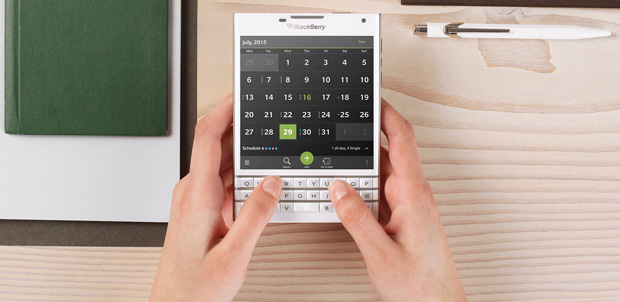 BlackBerry-Passport-blanco