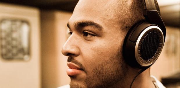 Los beneficios de tener audífonos Over Ear