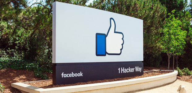 Facebook mil millones