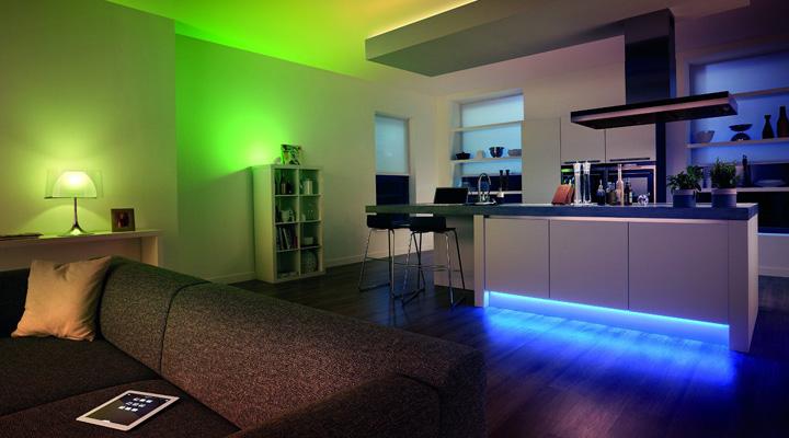 Philips Hue Lightstrips Plus las tiras que alumbrarán tu hogar