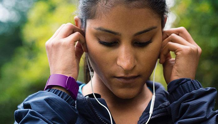 Fitbit y Apple dominan el mercado wearable en 2015