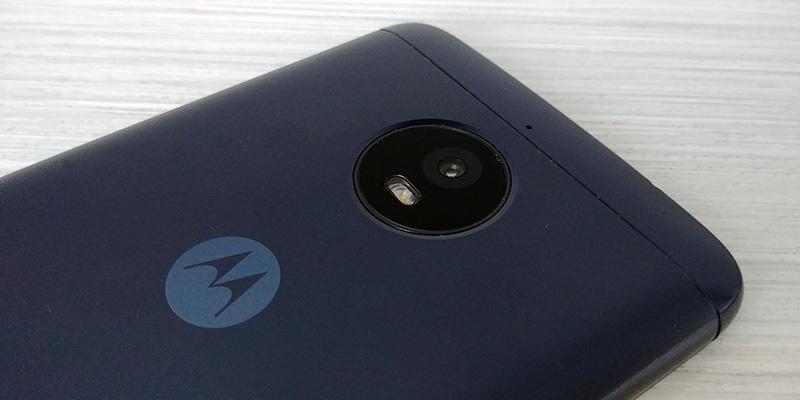 Moto E4 Plus 2017 camara trasera