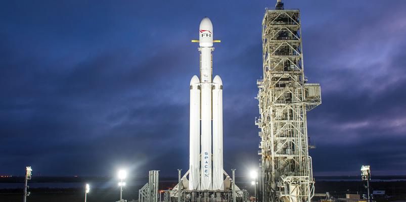 Falcon Heavy lleva un Tesla Roadster a la órbita de Marte