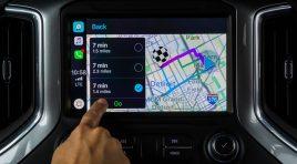 Las funciones que puedes usar de Waze en Apple CarPlay