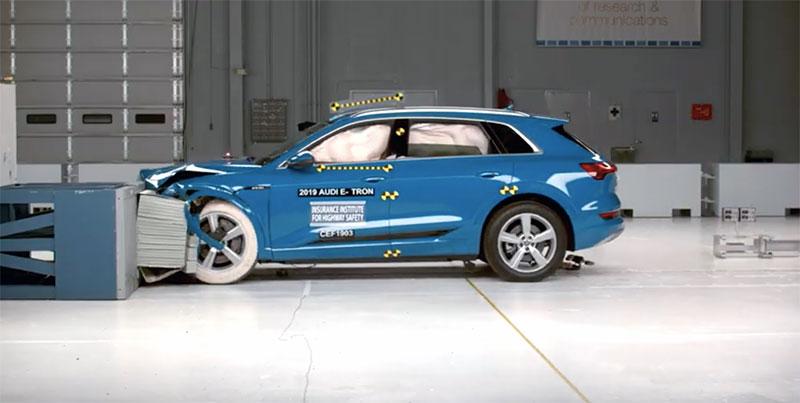 Audi e-tron vehiculo electrico mas seguro IIHS
