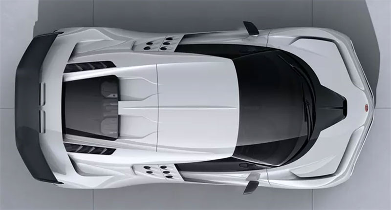 Bugatti Centodieci arriba