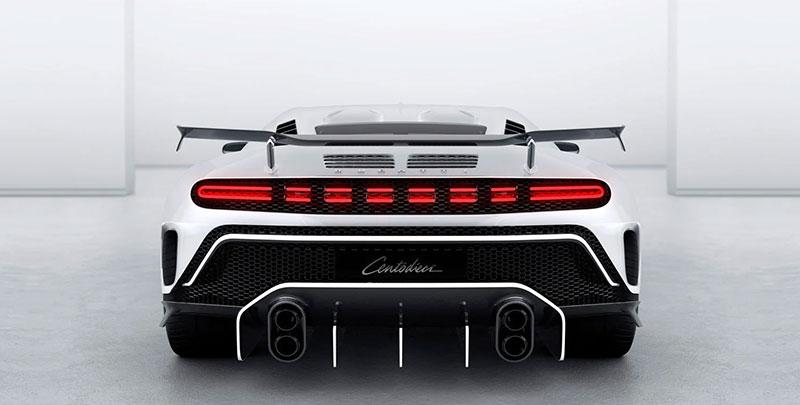 Bugatti Centodieci atras