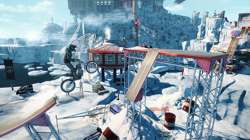 Trials Rising Crash & Sunburn nieve