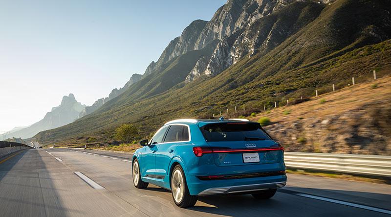 Audi e-tron Mexico atras