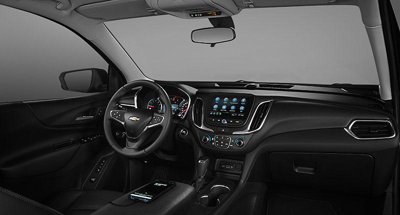 Chevrolet Equinox Midnight Mexico interior