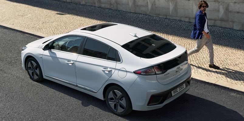 Hyundai Ioniq 2020 arriba