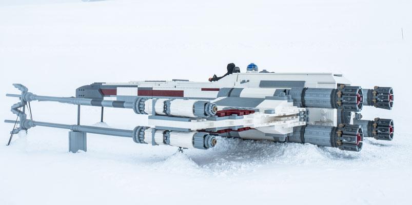 LEGO X-Wing lado