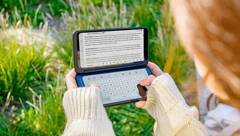 LG G8XThinQ con LG Dual Screen teclado