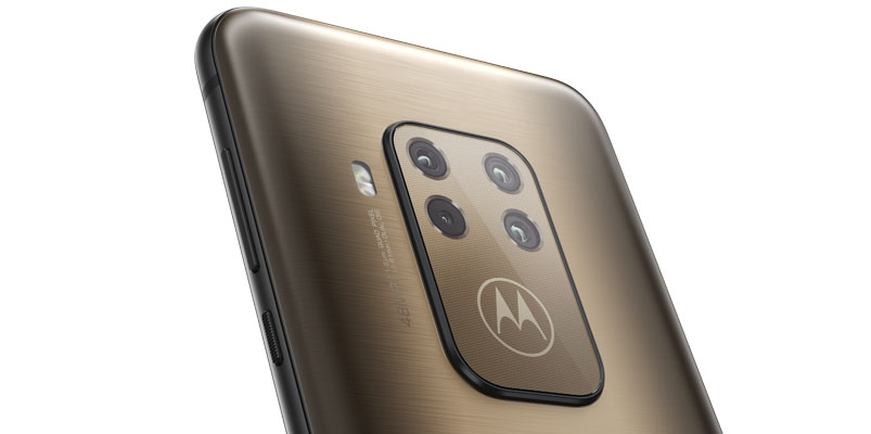 Motorola One Zoom Brushed Bronze