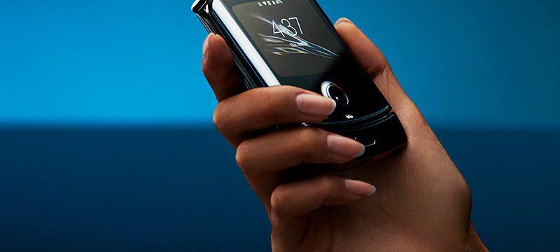 Motorola RAZR flexible cerrado