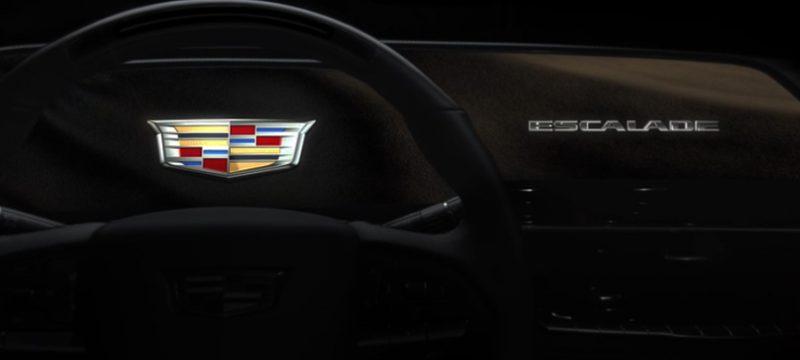 Cadillac Escalade 2021 pantalla OLED curva