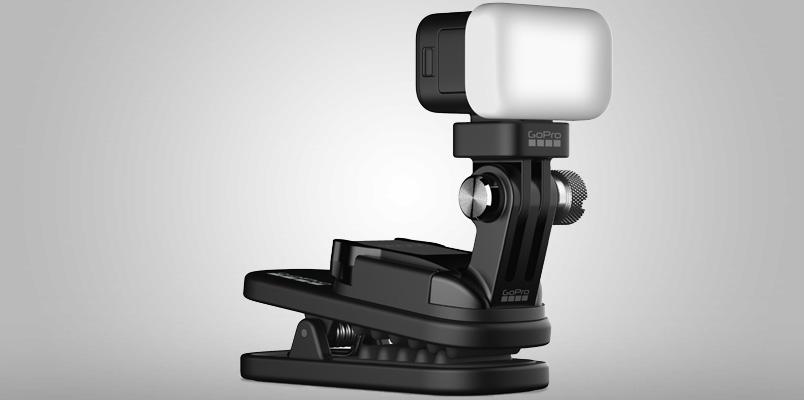 Zeus Mini de GoPro te brinda la luz que tanto necesitas al grabar
