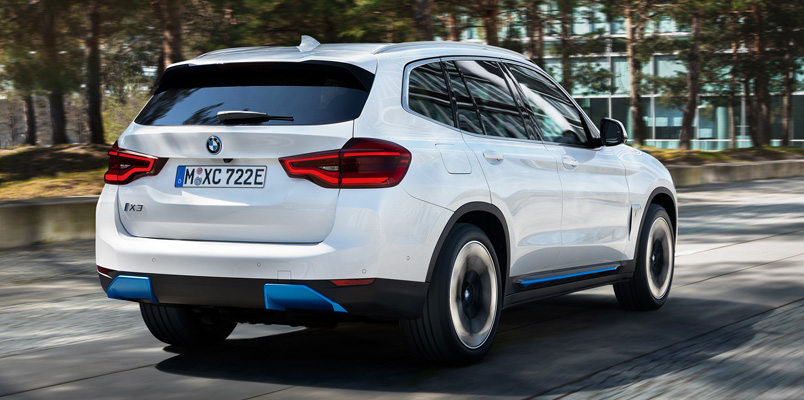 BMW iX3 2021 atras