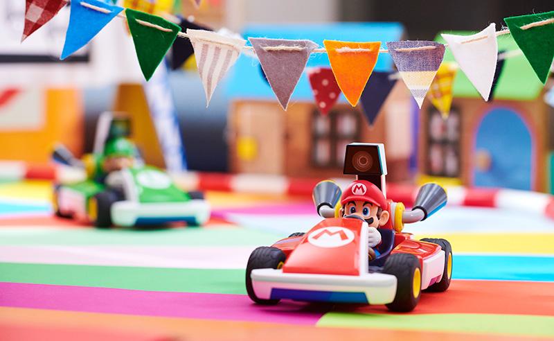 Aprende a jugar y crear pistas en Mario Kart Live: Home Circuit