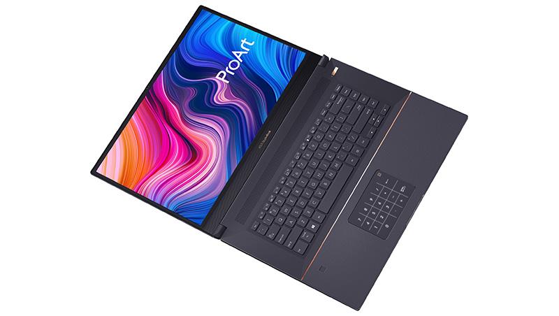 ProArt StudioBook Pro 17 abierta