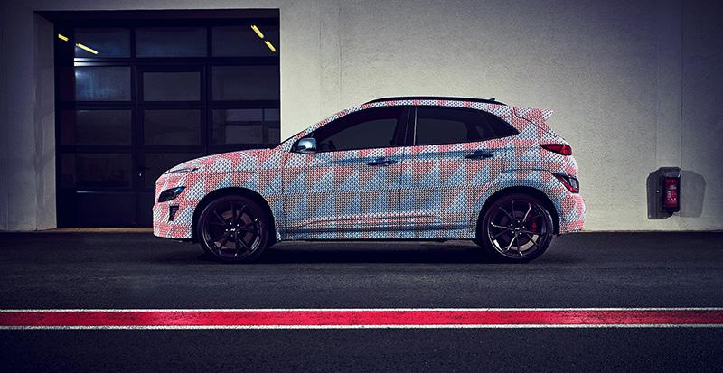 Hyundai KONA N 2021 costado