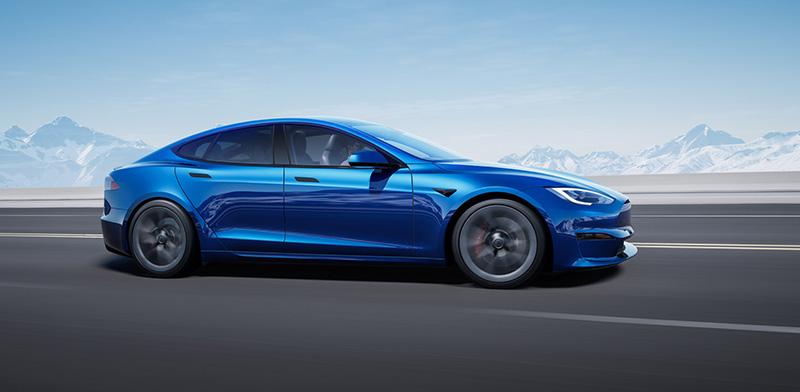 Tesla Model S 2021 lado