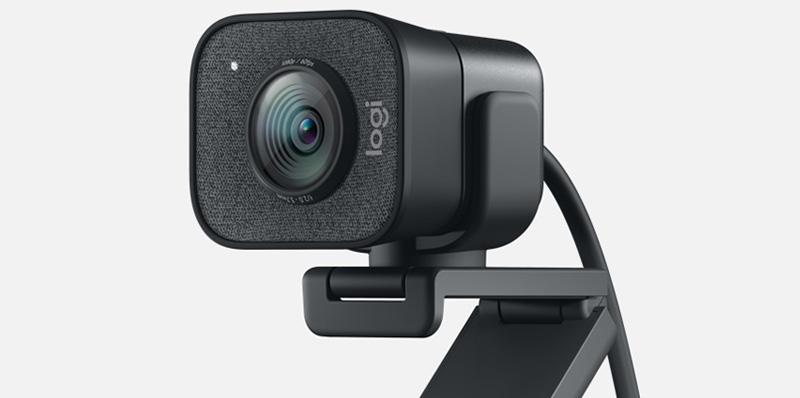 Con las webcams de Logitech celebra el 14 de febrero a distancia