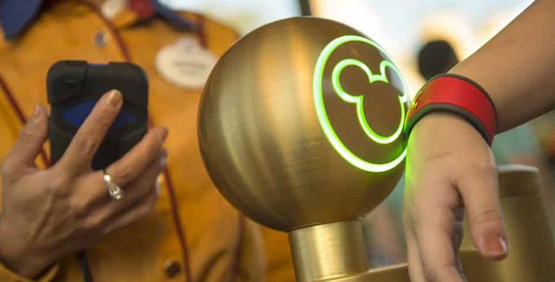 Disney MagicMobile - MagicBand