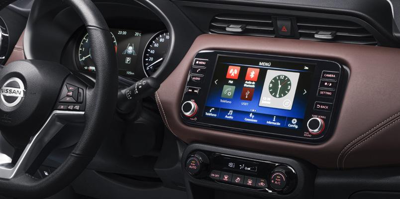 NissanConnect Services Nissan Kicks interior