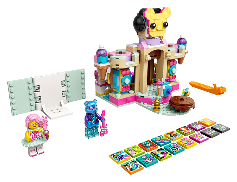 43111-Candy-Castle-Stage