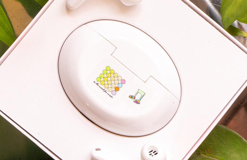 Huawei x Hero stickers