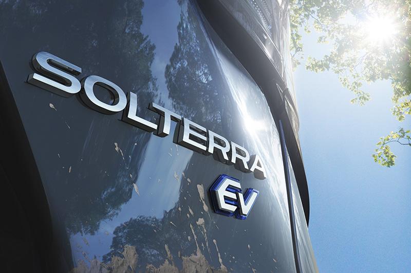 Subaru Solterra teaser nombre