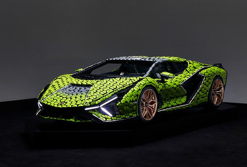El Lamborghini Sián FKP 37 creado con más de 400,000 piezas LEGO
