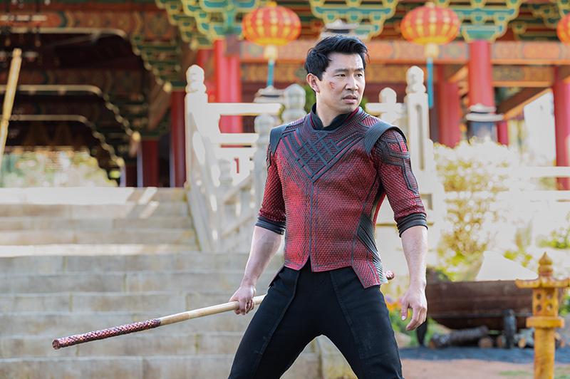 Shang-Chi y La Leyenda de los Diez Anillos traje