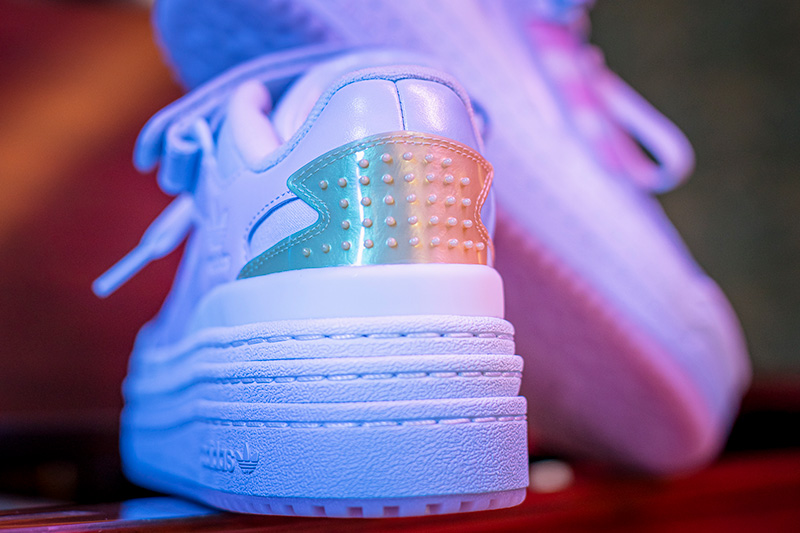 adidas Originals Sleeping Triple Beauty talon