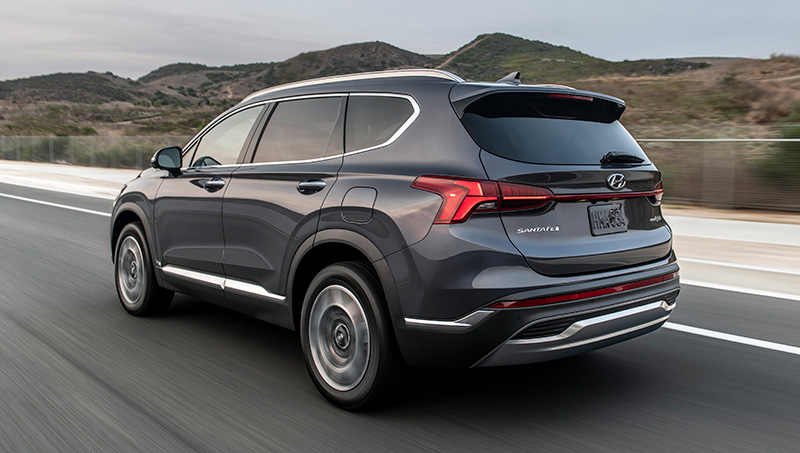 Hyundai Santa Fe 2022 en Mexico atras