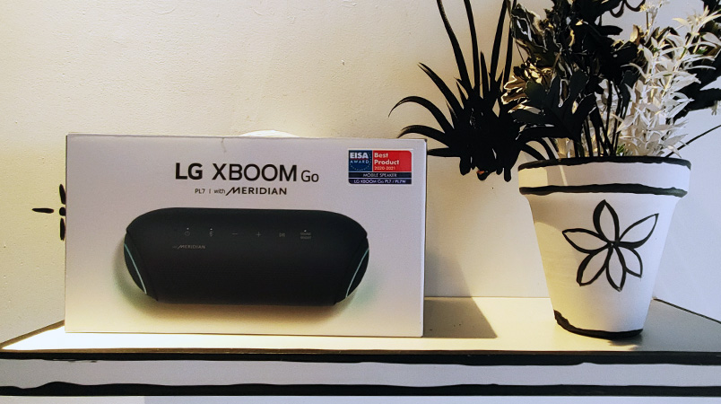 LG XBOOM Go PL7 caja
